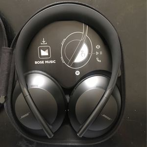 Brand New Bose Headphones for Sale in Los Angeles, CA