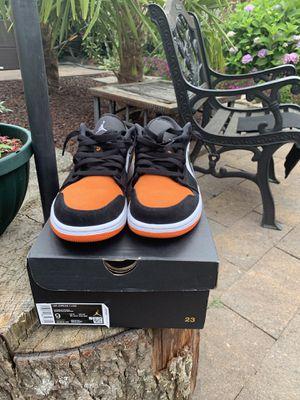 Jordan 1 sbb low size 9 for Sale in Auburn, WA