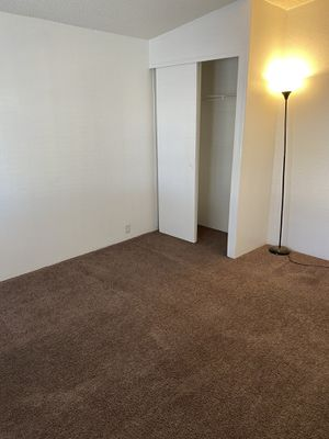 rooms for Sale in Perris, CA