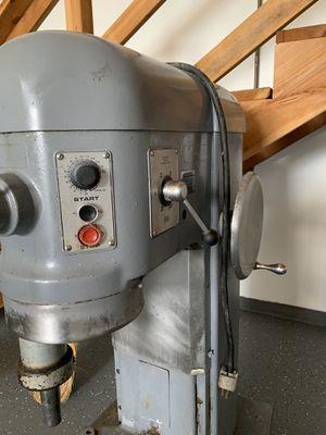 Hobart H600t bakery dough mixer 2 horsepower 3 phase for Sale in Sunnyvale, CA