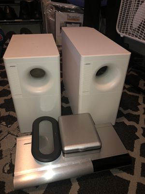 2 BOSE ACOUSTIMASS SPEAKERS SYSTEM, 6 BOSE DISC PLAYER,BOSE CONTROLLER, and a CD case bag for Sale in Hyattsville, MD