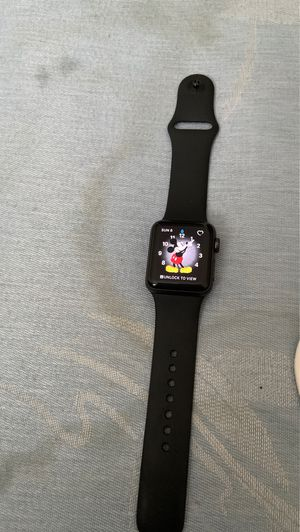 Apple Watch series 3 for Sale in Rolla, MO