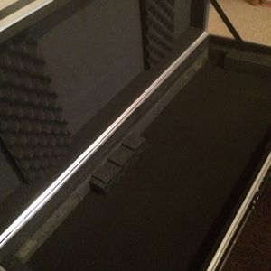 Road Ready 61key Travel Case $200 for Sale in Los Angeles, CA