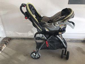 BabyTrend car seat/stroller combo. for Sale in Navarre, FL
