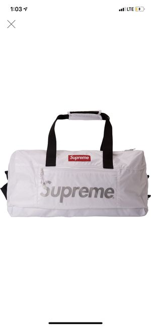 Supreme Duffle Bag 3M for Sale in Westerville, OH