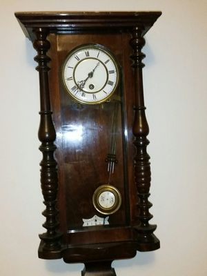 Antique Wall Clock for Sale in Los Angeles, CA