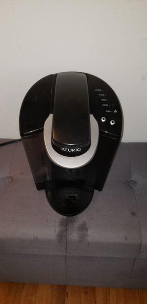 Keurig coffee machine for Sale in Tinton Falls, NJ