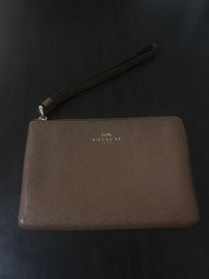 Brown coach wristlet with 2 card slots for Sale in San Francisco, CA