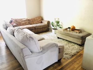 Free Two Couches, A Chair and an Ottoman for Sale in Fresno, CA