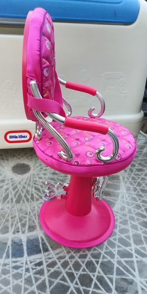 "American gril doll chair 19"" for Sale in Fort Worth, TX"