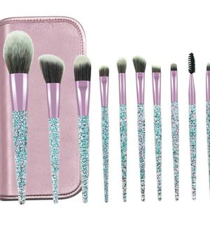 ✨✨Super sparkly 10 piece makeup brush set✨✨ w/ TRAVEL CASE INCLUDED..!! for Sale in Tucson, AZ