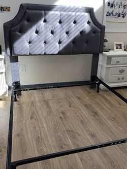 Queen Size Bed Frame And 2 Nightstands for Sale in Irving,  TX