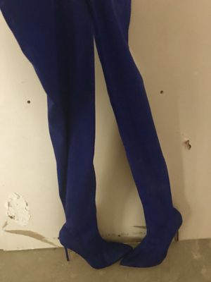 Thigh High Woman's Blue Boots Size 7 for Sale in Houston, TX