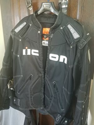 ICON MOTORCYCLE JACKET for Sale in Cleveland, OH