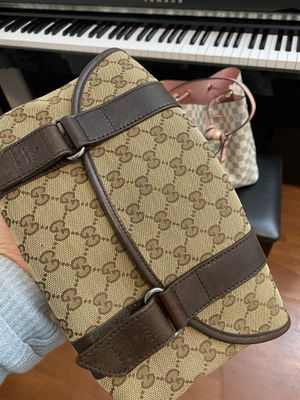 Gucci Funny bag Authentic for Sale in Kirkland, WA
