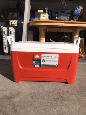 Red igloo cooler for Sale in Las Vegas, NV