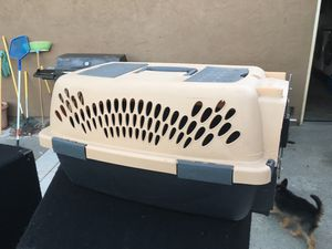 Small dog kennel for Sale in Suisun City, CA
