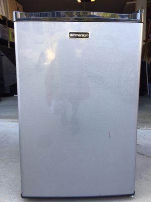 Mini fridge for Sale in Carlsbad, CA