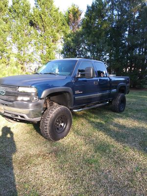 2001 Chevrolet Silverado 2500 HD dirtymax diesel for Sale in Smithfield, NC