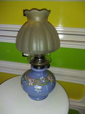 Vintage kerosene lamp for Sale in Stovall, GA
