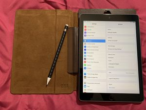 iPad 6th Gen 128Gb with Apple Pencil for Sale in Nottingham, MD