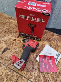 Milwaukee M18 FUEL 18-Volt Lithium-Ion Brushless Cordless 1/4 in. Hex Impact Driver (Tool-Only) for Sale in Snohomish,  WA