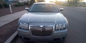 2006 Chrysler 300 Limited Touring Edition Leather Beautiful Inside And Out Cold AC Runs And Drives Smooth No Issues No Leaks for Sale in Phoenix, AZ