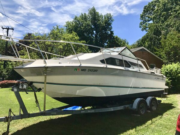 23' 1990 Chaparral boat with Venture trailer