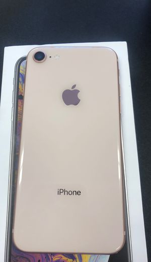 iPhone 8 64 GB ROSE GOLD 😁😁😁 for Sale in Las Vegas, NV