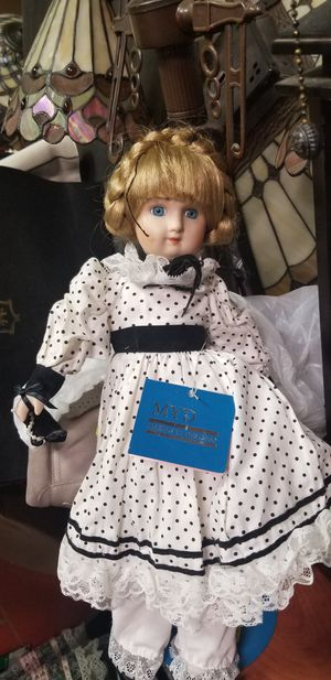 COLLECTABLE DOLLS for Sale in Fairfax, VA