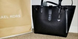 Michael Kors Tote for Sale in Atlanta, GA