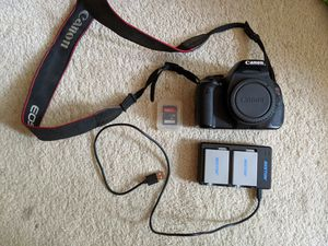 Canon T3i camera for Sale in Cleveland, OH