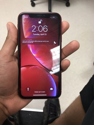 iPhone XR for Sale in Cleveland, OH