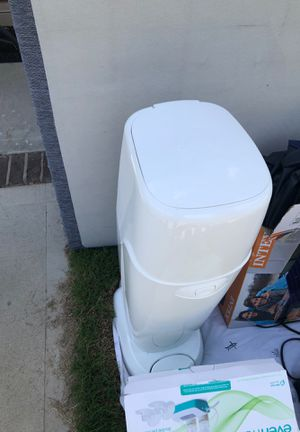 Diaper trash can for Sale in Columbia, SC
