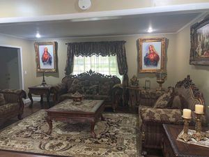 Living room for Sale in Sterling Heights, MI