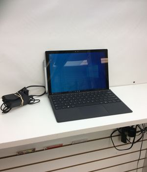 Microsoft surface 4 tablet for Sale in Oakland Park, FL