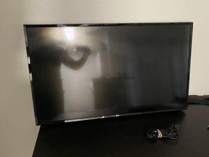 LG SMART TV 40 INCH for Sale in Phoenix, AZ