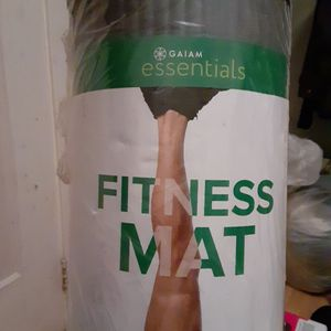 (New)fitness mat for Sale in Oakland, CA
