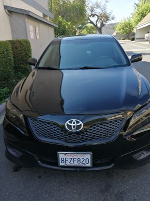 Toyota toyota camry 2011 salvage for Sale in Oxnard, CA