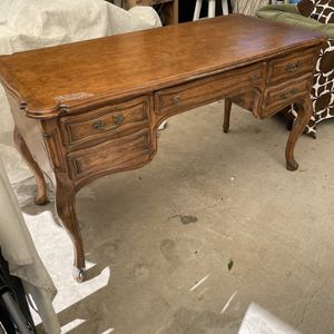 Vintage Desk for Sale in Newport Beach, CA
