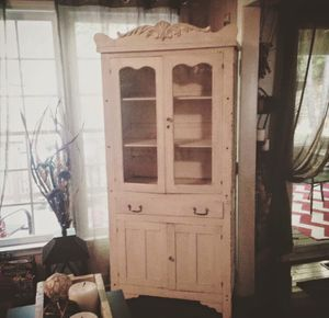 Antique armoire for Sale in Raleigh, NC