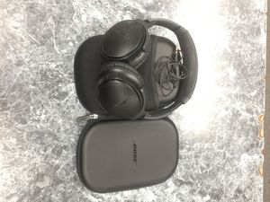 Bose QC35 wireless headphones for Sale in Chevy Chase, MD