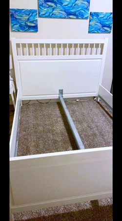 Very Nice Queen Ikea Malm Bed Frame, Mattress and Boxspring for Sale in Newcastle,  WA