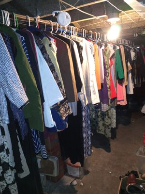Read ENTIRE AD I HAVE A TON OF DRESSES,SKiRTS, SUITS LADIES for Sale in St. Louis, MO