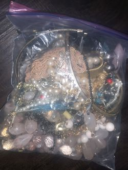 Big bag of costume jewelry! for Sale in Austin,  TX