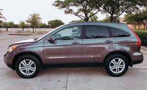 4 DOORS HONDA CRV 2010 73K MILAGE PERFECT CONDITION for Sale in Milwaukee, WI