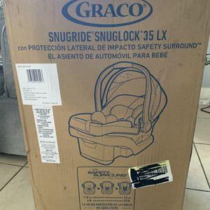 Car Seat Graco Snugride Snuglock 35 LX for Sale in West Palm Beach, FL