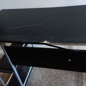 Free Desk. for Sale in Lawrenceville, GA