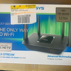 LINKSYS MAX-STREAM AC2200 MU-MIMO TRI-BAND ROUTER for Sale in Fredericksburg, VA