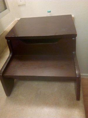 Little wood box for Sale in Tempe, AZ